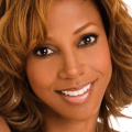 103111-celebs-topics-holly-robinson-pete