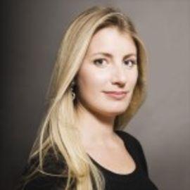 Alexis Maybank  Headshot
