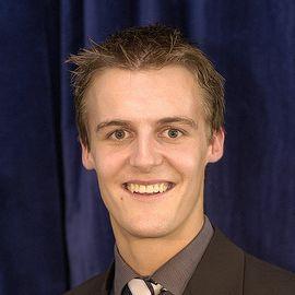 Hugh Evans Headshot