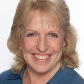 Ellen Hopkins  Headshot