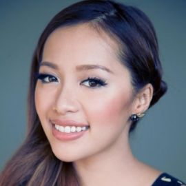 Michelle Phan Headshot