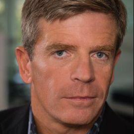 Peter Wagner Headshot