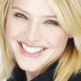 Sara Haines Headshot