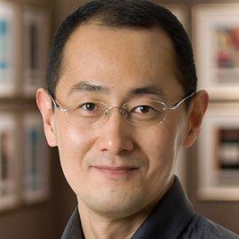 Shinya Yamanaka Headshot