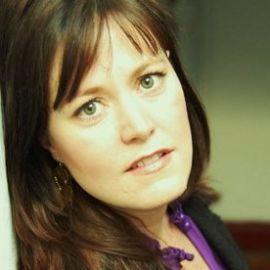 Aimee Molloy Headshot