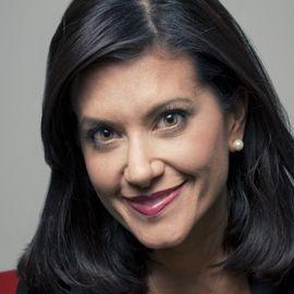 Laura Garcia-Cannon Headshot