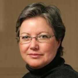 Madelaine Drohan Headshot