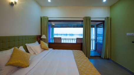 Kadavil Lakeshore Resort, Alappuzha Alappuzha Premium Room Kadavil Lakeshore Resort3 Alappuzha